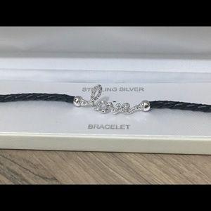 Jewelry - NWT 💕LOVE BRACELET